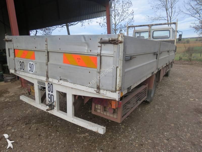 Camion plateau ridelles occasion renault jk 75 gazoil - Camion plateau location ...
