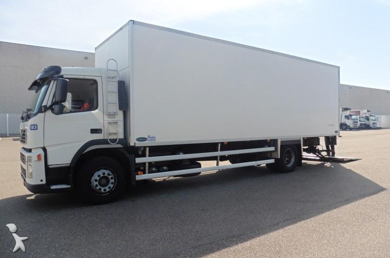 camion volvo frigo fm9 4x2 gasolio euro 3 usato n 1105686. Black Bedroom Furniture Sets. Home Design Ideas