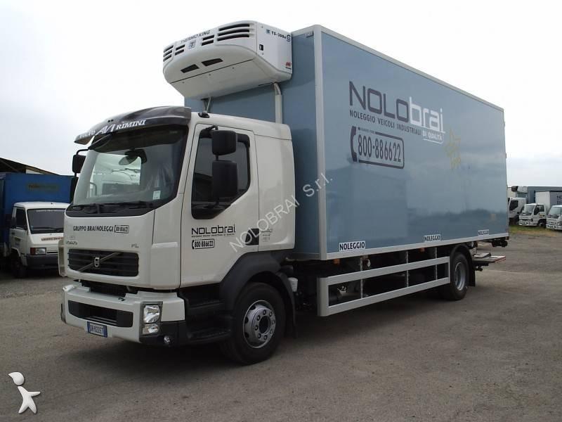 camion volvo frigo thermoking trasporto carne euro 4 sponda usato n 1744726. Black Bedroom Furniture Sets. Home Design Ideas