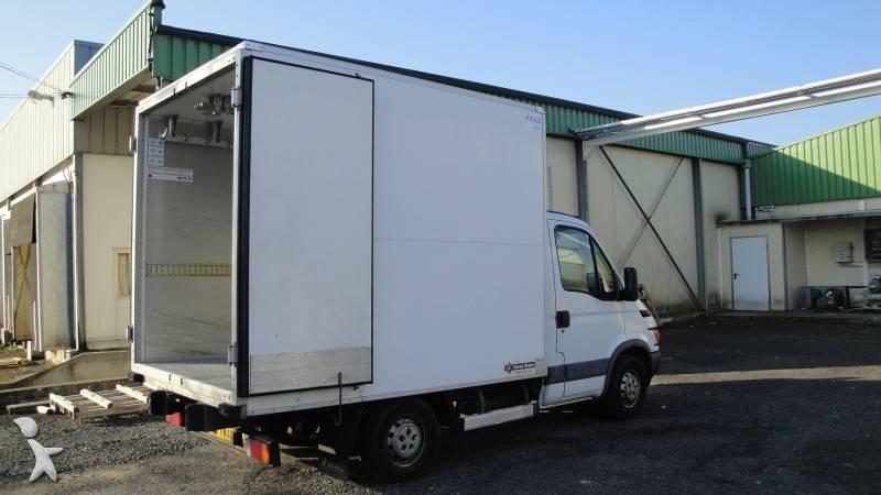 camion iveco frigo carrier trasporto carne daily 35c15 usato n 313529. Black Bedroom Furniture Sets. Home Design Ideas