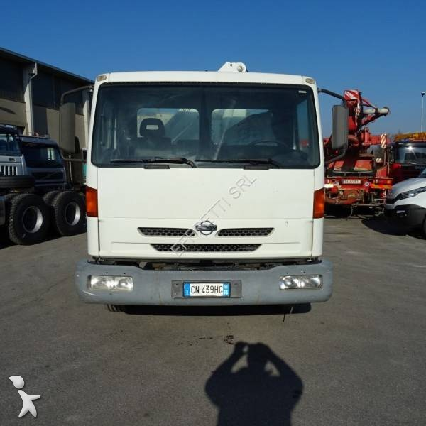 Used Nissan Atleon three-way side tipper truck 120 4x2 Diesel Euro 3 crane