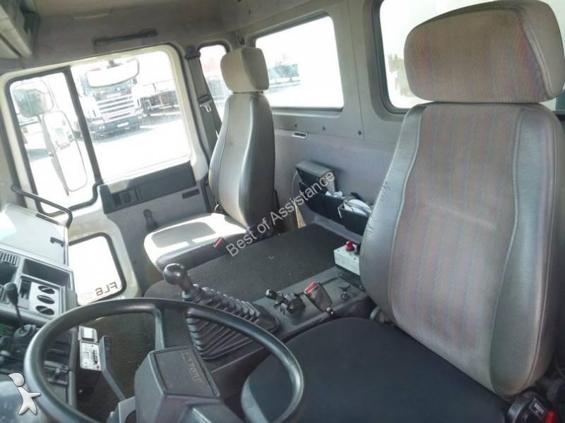 camion volvo frigo carrier monotemperatura fl6 613 gasolio euro 1 sponda usato n 1713418. Black Bedroom Furniture Sets. Home Design Ideas