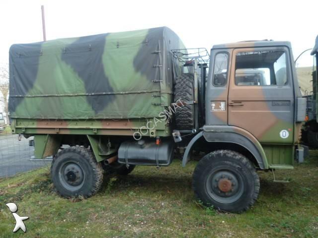 camion renault militaire trm 2000 4x4 gazoil occasion n. Black Bedroom Furniture Sets. Home Design Ideas