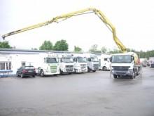 Vedeţi fotografiile Camion Mercedes Actros 3241 Betonpumpe Putzmeister 21M  LIEBHERR