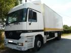 camión remolque portacontenedores Mercedes usado