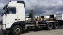 camión remolque portacontenedores Volvo usado