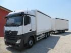 camión remolque lona corredera (tautliner) sistema de lona corrediza Mercedes usado