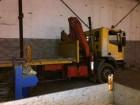 camion cu remorca platformă standard Iveco second-hand