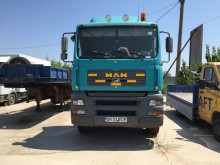 camion cu remorca transport containere MAN second-hand