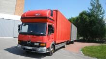 camión remolque furgón Mercedes usado