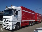 camion cu remorca transport animale Mercedes second-hand