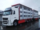 camion cu remorca transport animale Volvo second-hand