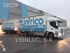 camion cu remorca platformă si obloane Iveco second-hand