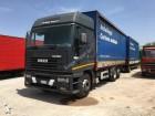camión remolque lona corredera (tautliner) Iveco usado