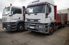 used Iveco flatbed trailer truck