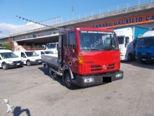 Nissan standard box trailer truck