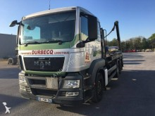 MAN TGS 26.440 trailer truck