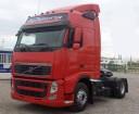 otra tractora semi Volvo usada