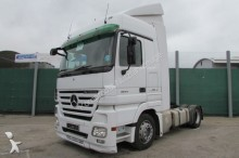 ensemble routier porte engins Mercedes