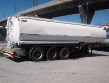 used Metalovouga tanker semi-trailer