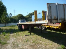 used ARB Fabrequipa flatbed semi-trailer