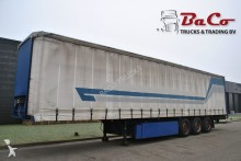Pacton tautliner semi-trailer
