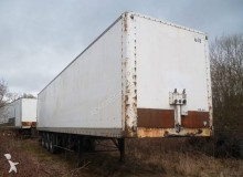 Trailor folding wall box semi-trailer