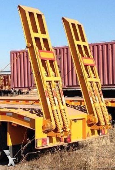 Semi remorque cimc porte engins porte engins 45 tonnes for Porte engin 60 tonnes