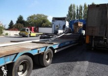 used Kaiser heavy equipment transport trailer