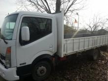 camioneta standard Nissan second-hand