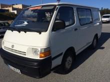 furgão comercial Toyota usado