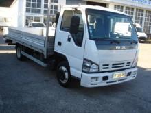used Isuzu flatbed van