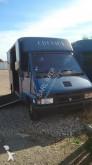 vehículo utilitario remolque para caballos usado