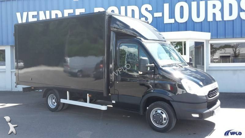 photos v hicule utilitaire iveco fourgon utilitaire iveco. Black Bedroom Furniture Sets. Home Design Ideas