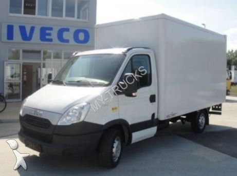 fourgon utilitaire iveco daily 35 s15 lift leasing. Black Bedroom Furniture Sets. Home Design Ideas