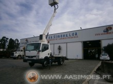 used Nissan telescopic platform commercial vehicle