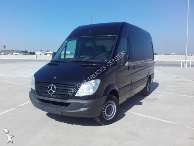 pin mercedes sprinter vente utilitaire camion occasion on pinterest. Black Bedroom Furniture Sets. Home Design Ideas