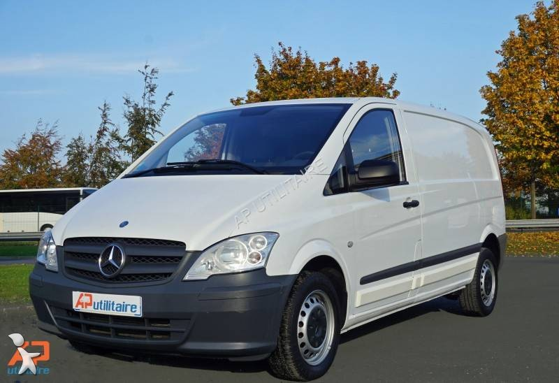 fourgon utilitaire mercedes vito 110 cdi 4x2 occasion n. Black Bedroom Furniture Sets. Home Design Ideas