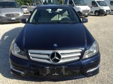automobile familiare Mercedes