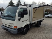 used Nissan positive trailer body refrigerated van