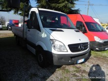 used Mercedes flatbed van