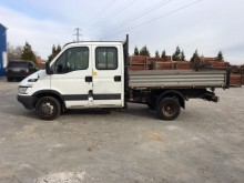 utilitaire magasin Iveco