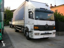 utilitario caja abierta plataforma con toldo Mercedes