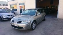 coche berlina Renault