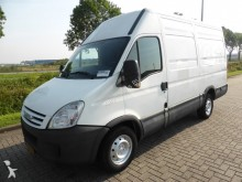 Iveco Daily 35S12 L2H2 AC