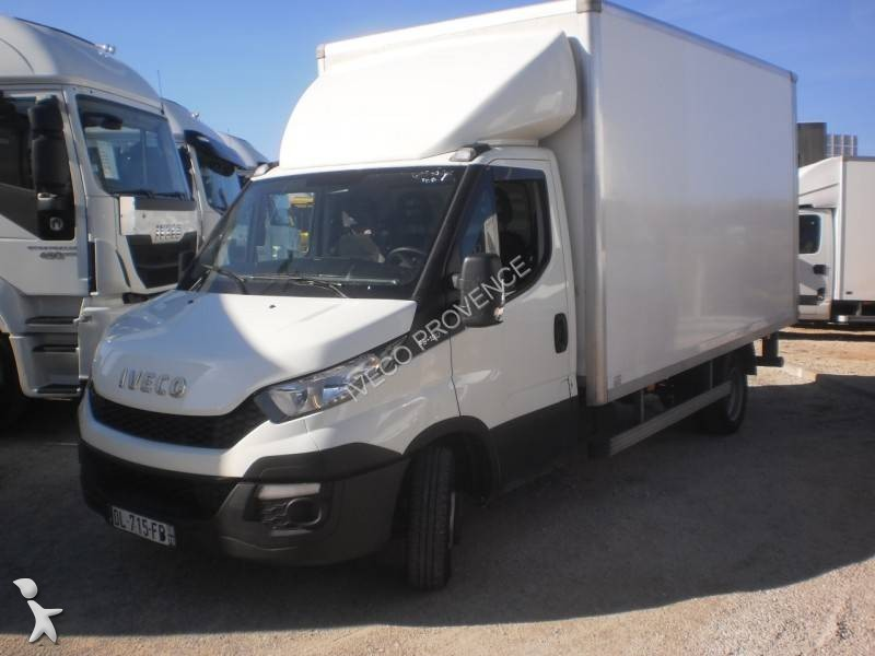 utilitaire caisse grand volume iveco daily 35c15 4x2 hayon. Black Bedroom Furniture Sets. Home Design Ideas