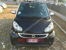 automobile berlina Smart