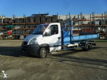 Renault three-way side tipper van