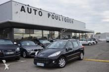 automobile familiare Peugeot