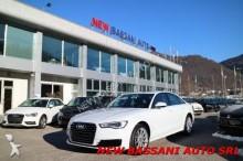 automobile berlina Audi